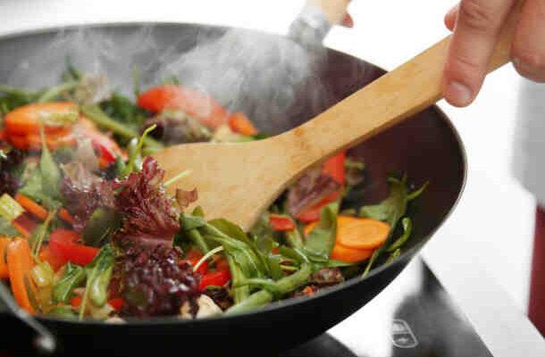 Comment cuisiner au wok
